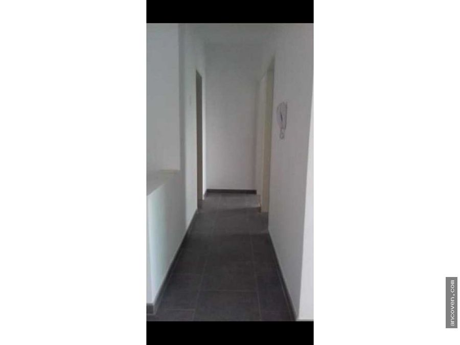 ancoven master vende apartamento en la trigalena