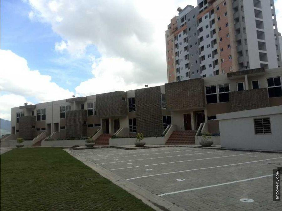 ancoven master vende town house apartovilla en el rincon naguanagua