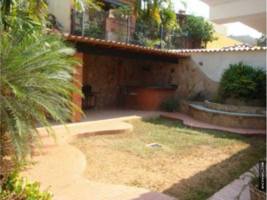 ancoven master vende casa en av cuatricentenario res parque mirador