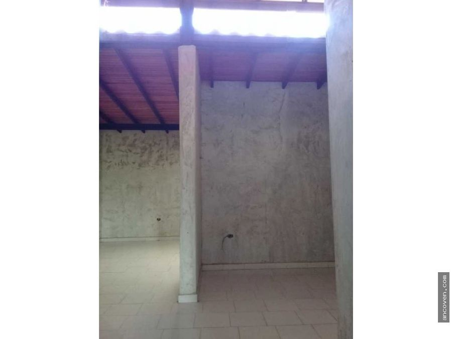 ancoven master vende casa en san diego el polvero