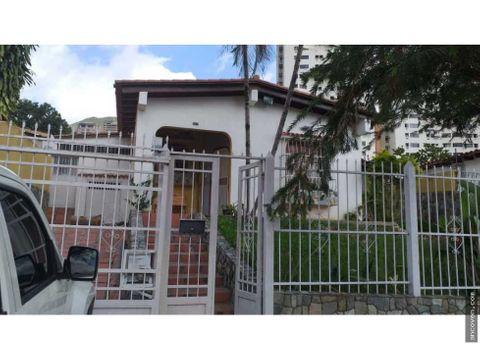 ancoven master vende hermosa casa en urbanizacion el parral valencia