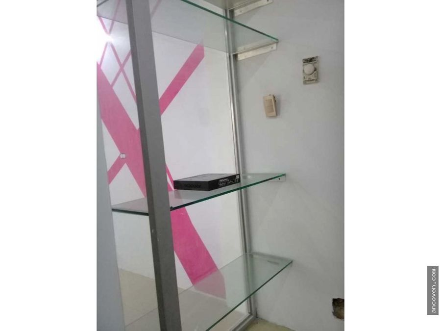 ancoven master vende local comercial cc via veneto manongo