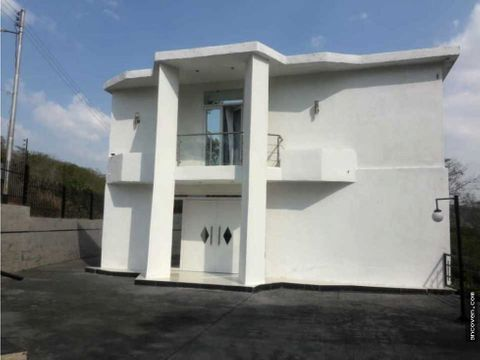 ancoven master vende casa lujosa y moderna en colinas de guataparo