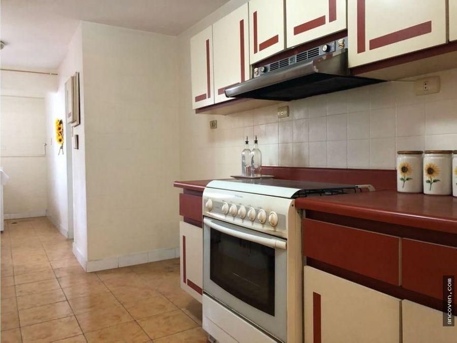 ancoven premium vende apartamento a 12 cuadra av bolivar