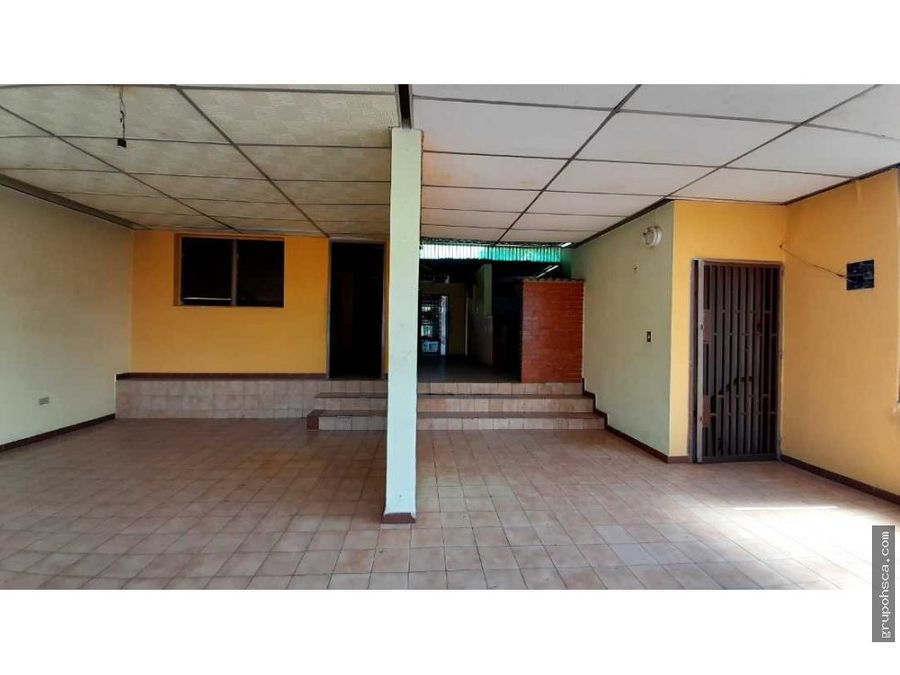 anexo en barrio bolivar av aragua maracay