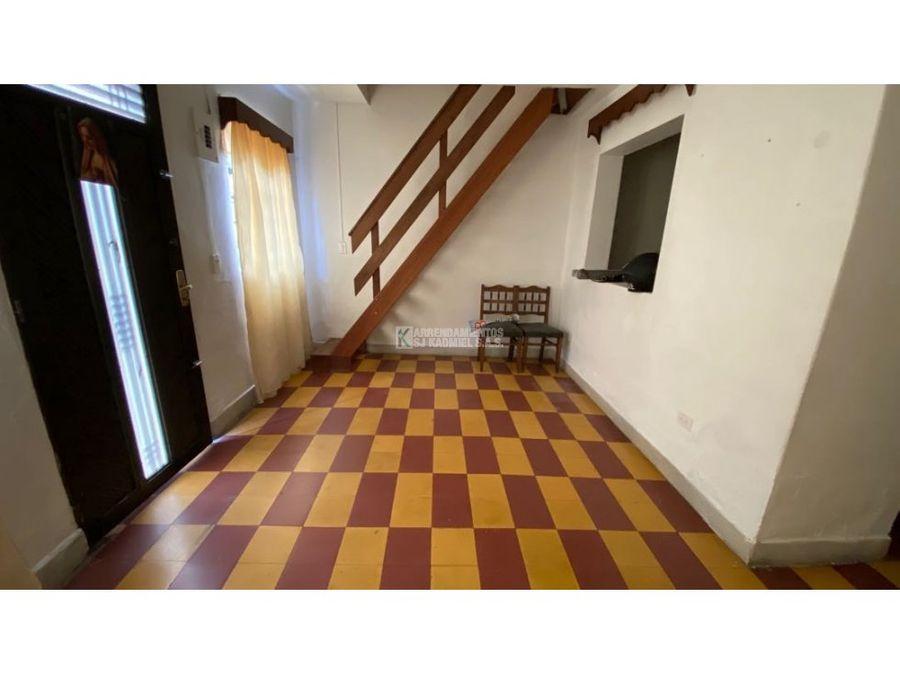 apartamento manrique central a11 98