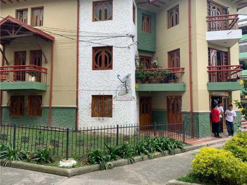apartamento cerca al parque principal marinilla exelentes zona