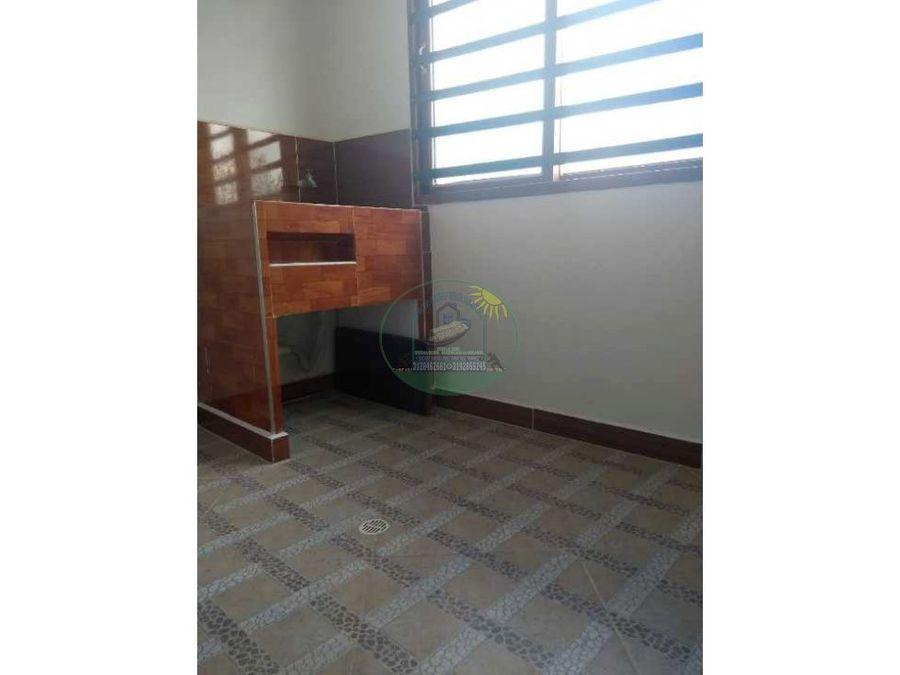 apartamento a de cuarto piso a 4 cuadras del parque de marinilla