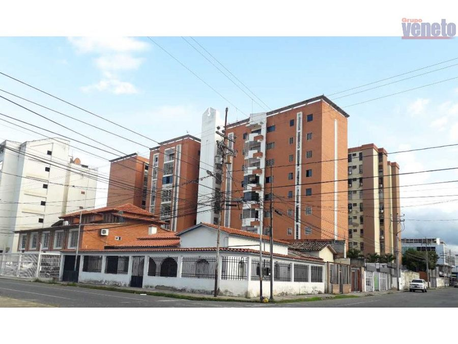 apartamento amoblado en venta edif la cascada piso 1 este