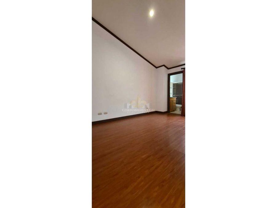 apartamento muy amplio con hermosa vista ubicado santa ana pozos