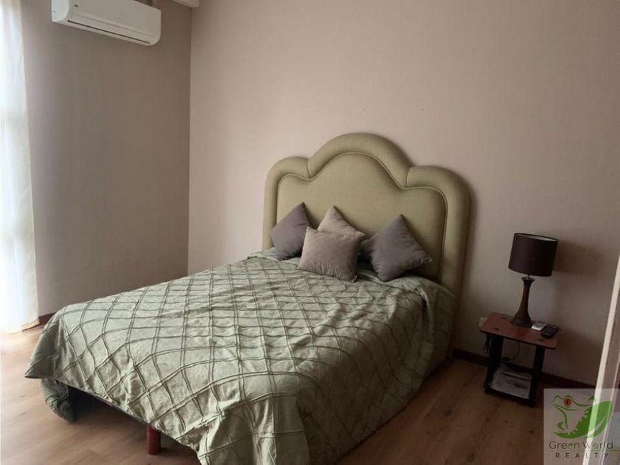 apartamento amueblado en condominio en real cariari