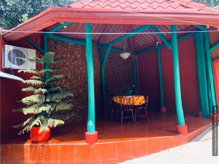 apartamento amueblado para alquiler ubicado en rio oro de santa ana