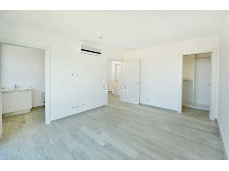 apartamento con 2 niveles en exclusivo condominio santa ana