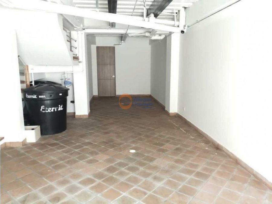 apartamento triplex en venta en palermo manizales