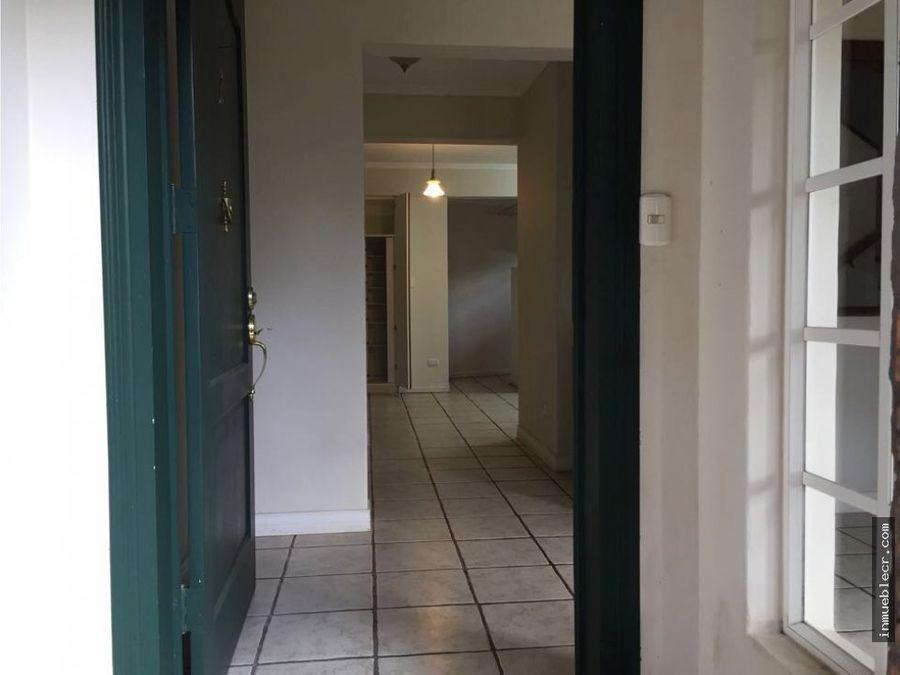 apartamento de alquiler excelente ubicacion