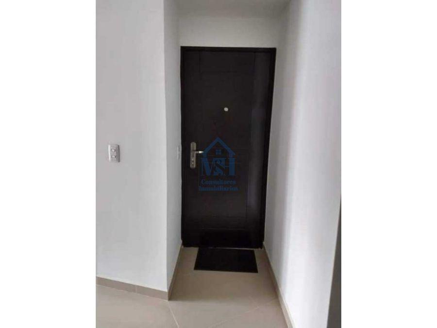 apartamento de primer piso 72 m2 con zona de parqueo cabanitas bello