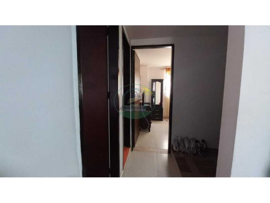 apartamento de segundo piso en marinilla a 4 cuadras del parque