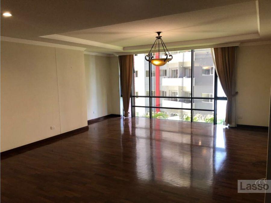apartamento de 1 dormitorio en la zona 14 renta