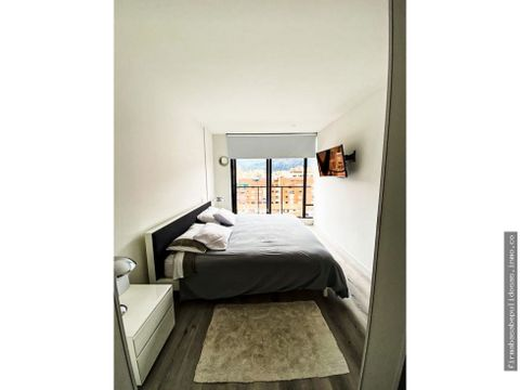 apartamento de 71 mts 2 en santa paula como nuevo
