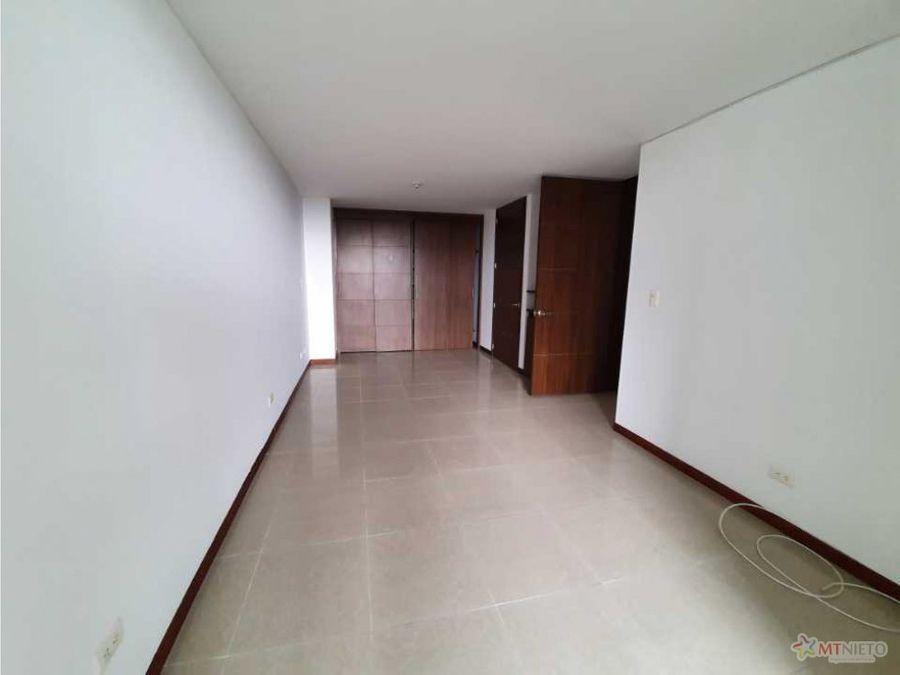 apartamento de 83 m2 con 2 alcobas laureles