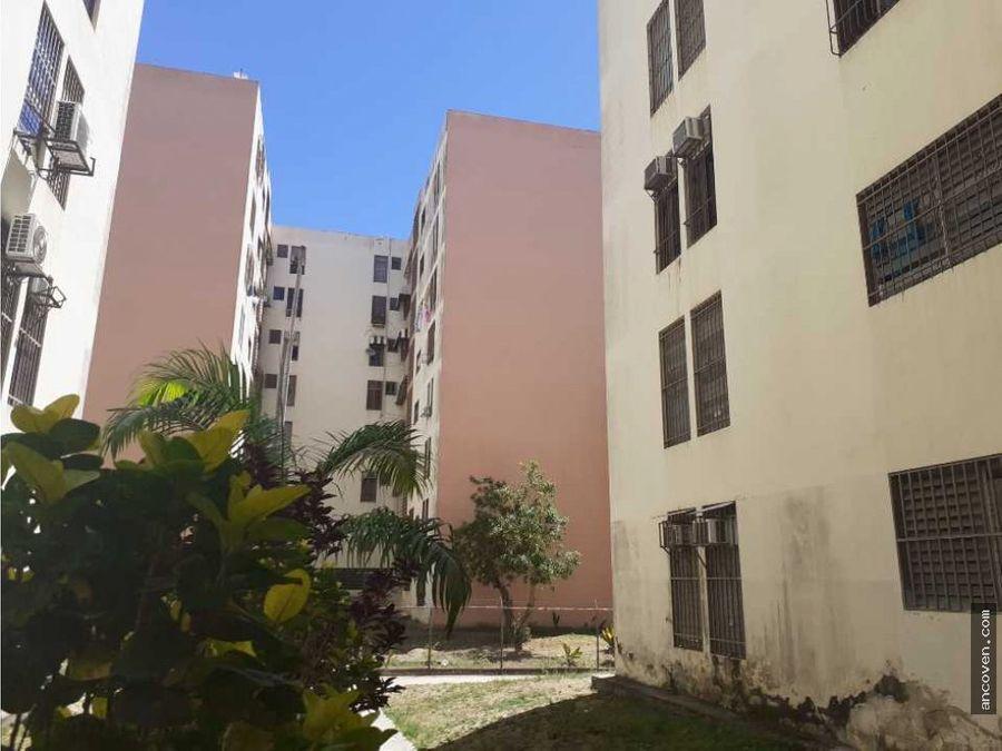 apartamento en naguanagua residencias la palmera vende ancoven master