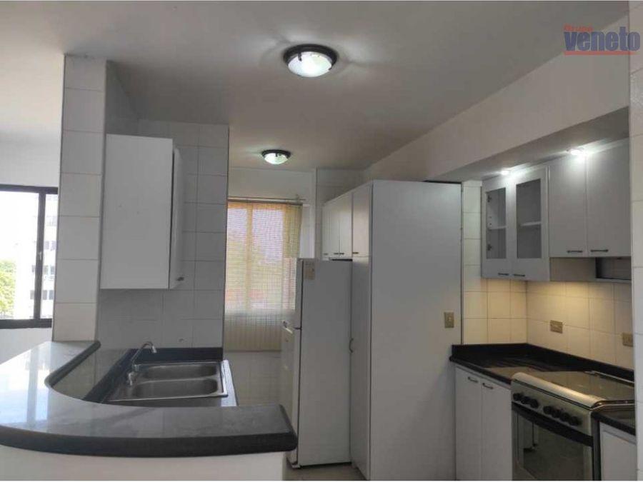 apartamento en alquiler edif luis miguel con planta electrica