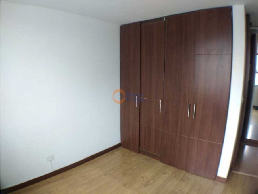 apartamento en alquiler en la leonora manizales