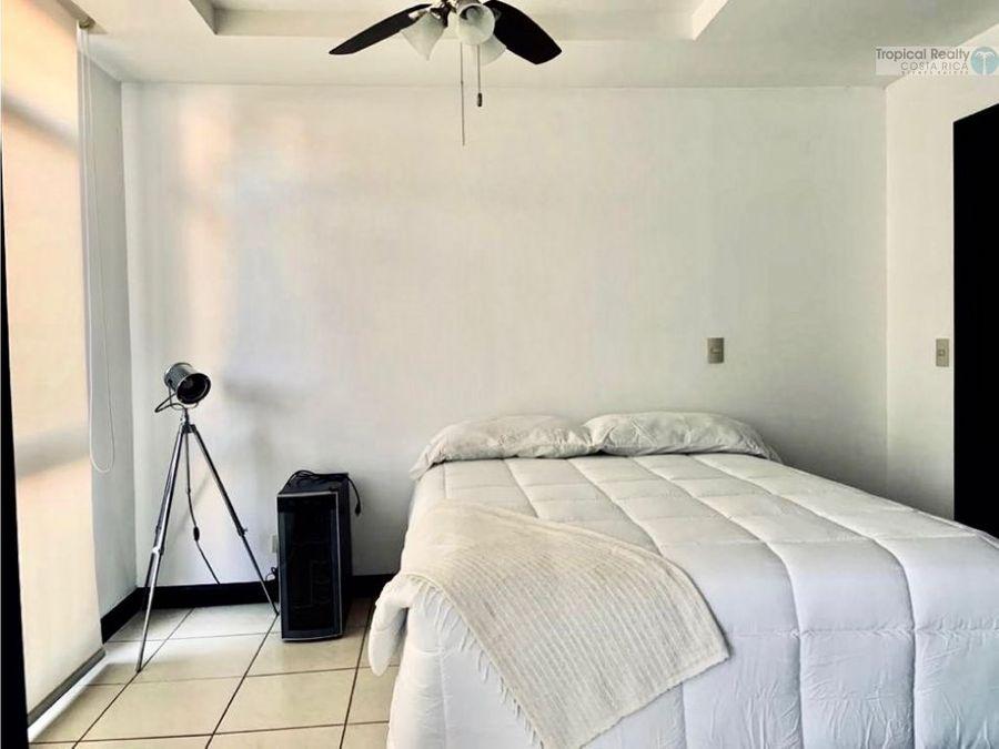 apartamento en alquiler en 750 en condominio no muebles