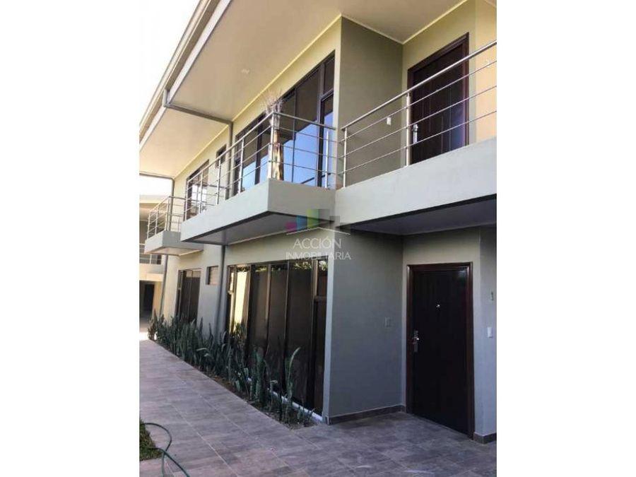 amplio apartamento en condominio en san luis de heredia