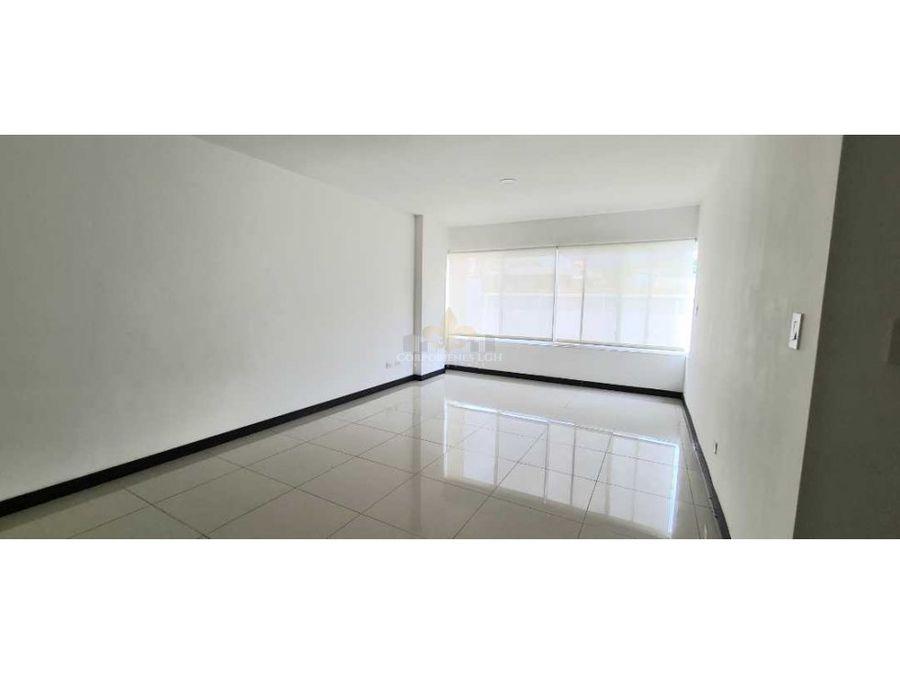 apartamento en condominio exclusivo en santa ana 1er piso