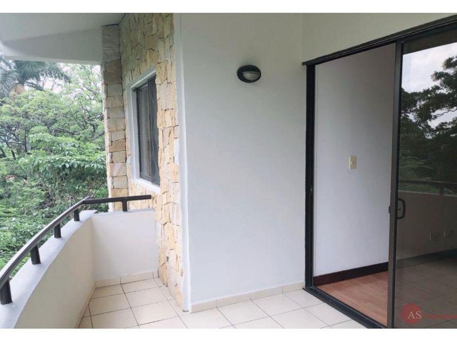 apartamento en condominio santa ana