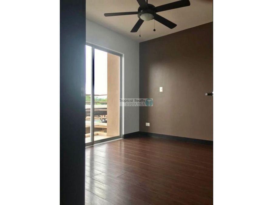 apartamento en condominio para alquiler
