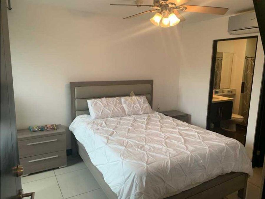 apartamento en exclusivo condominio en pozos de santa ana