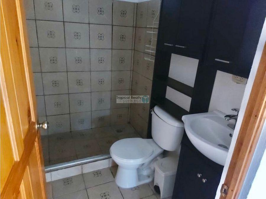 apartamento en primera planta para alquiler en una propiedad privada