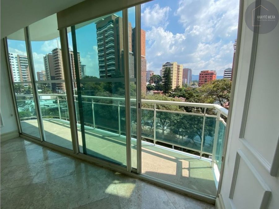 apartamento en renta en villa risho zona 14