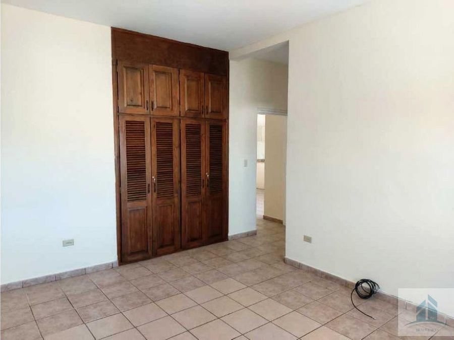 apartamento en renta lomas del guijarro