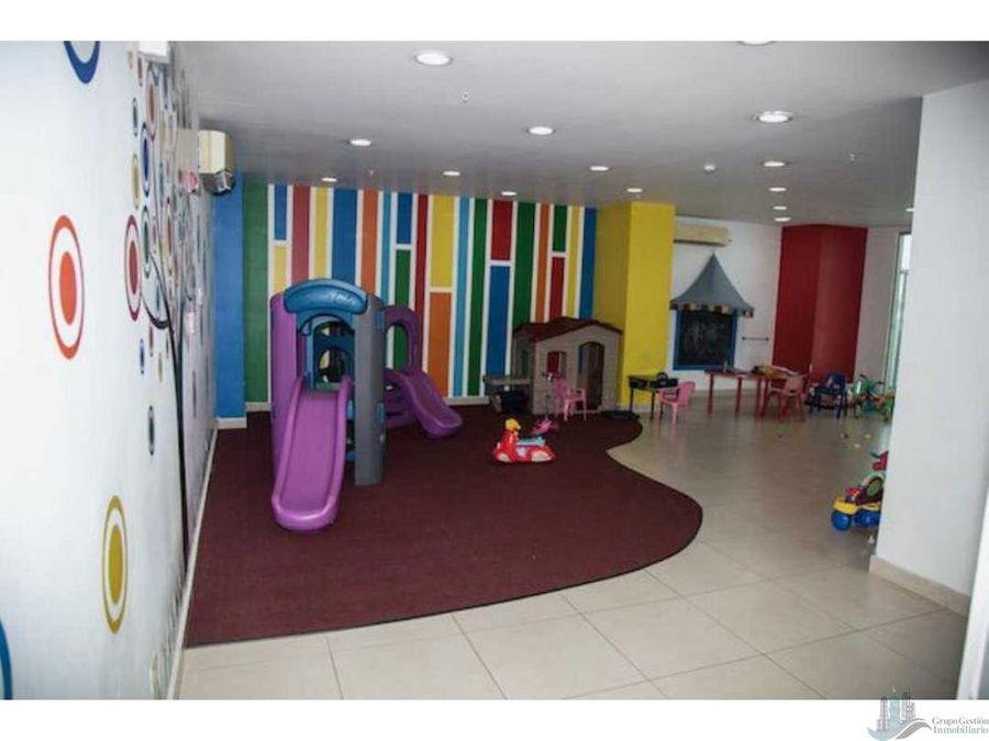 apartamento en san francisco 210m2 3 rec 35 banos den y cbe 2 parking