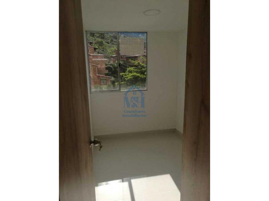 apartamento en unidad cerrada con parqueadero en bello antioquia