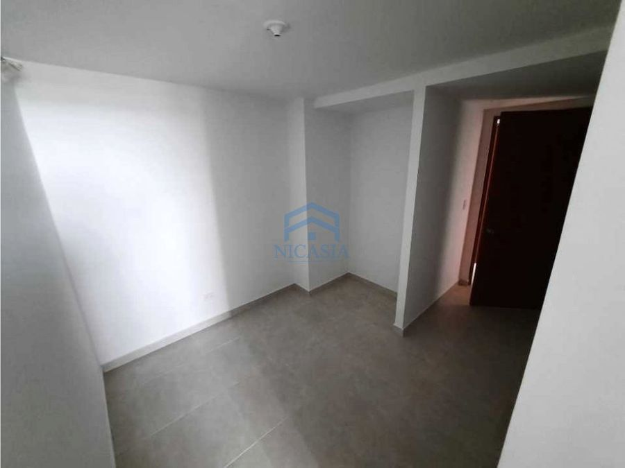 apartamento en venta o arriendo edificio puerto real