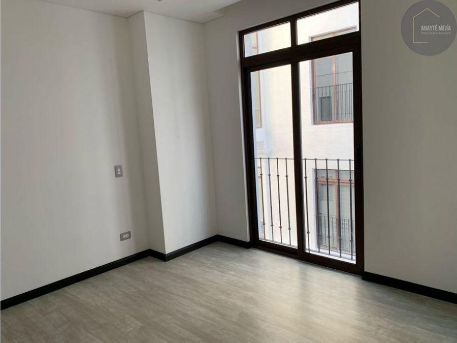 apartamento en venta y renta en cayala lirios ii