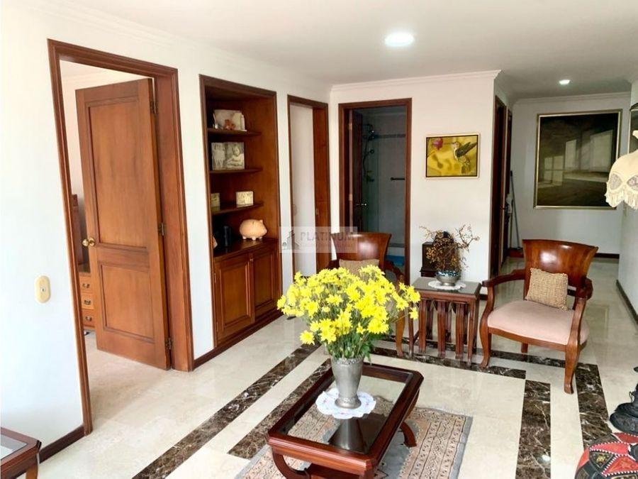 apartamento en venta en edificio en centenario cali