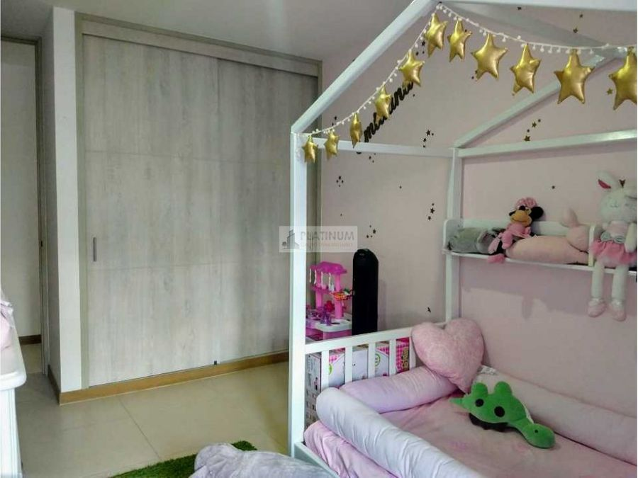 apartamento en venta en condominio en pance cali cg