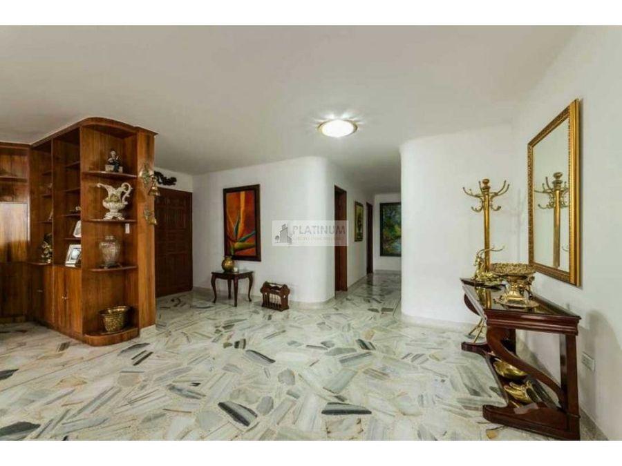 apartamento en venta en edificio en versalles cali cg