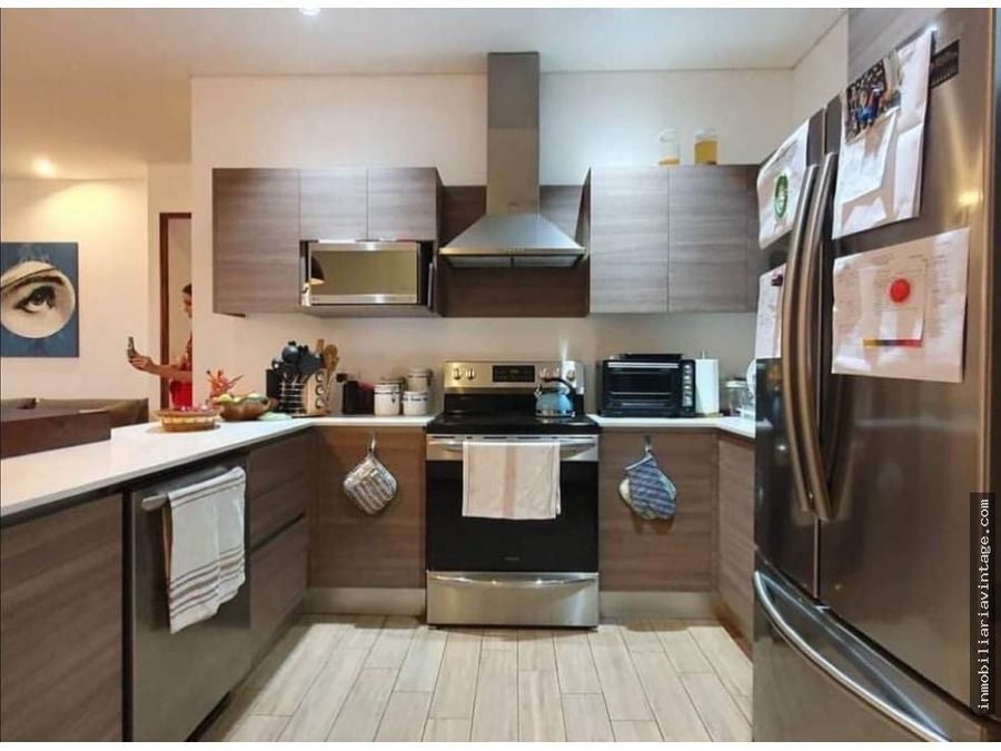 venta apartamento en edificio zona 15 vhi