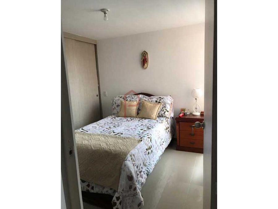 se vende apartamento en senorial envigado