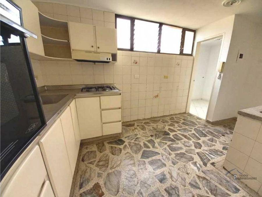 apartamento en venta la floresta 85 mts