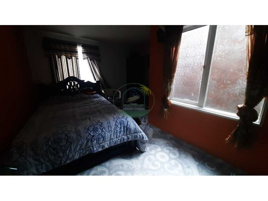 apartamento interno de segundo piso en marinilla sector la bomba