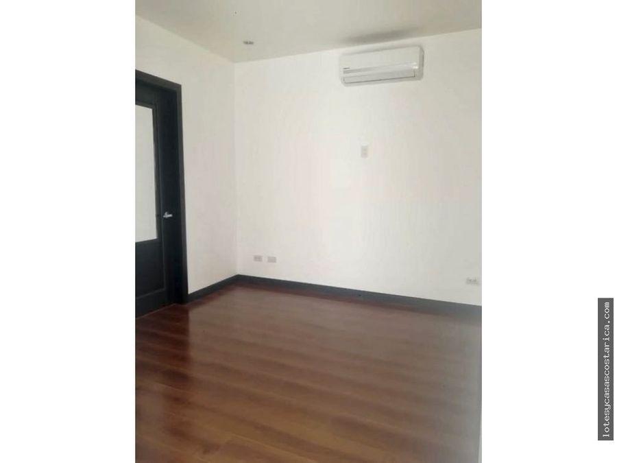 apartamento para la venta y alquiler en condominio santa ana