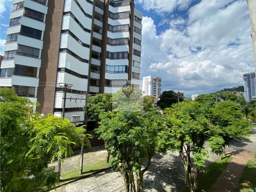 apartamento pinares sector megacentro pinares