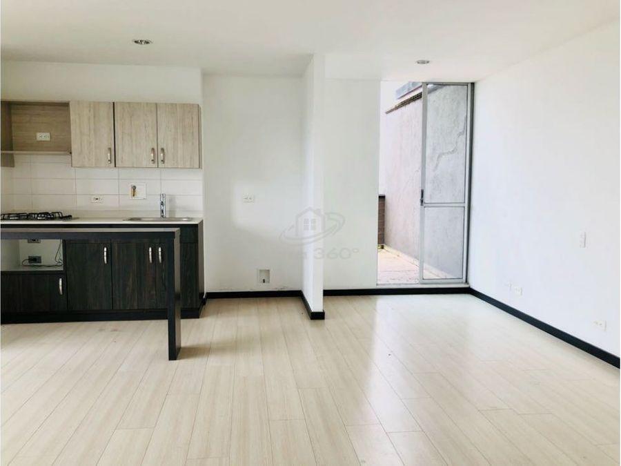 apartamento piso alto con terraza en la estrella